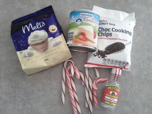 Ingredients to make Fudge