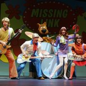 Scooby-Doo Gang Playing Song